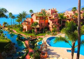 Properties for sale in Cabo Bermejo